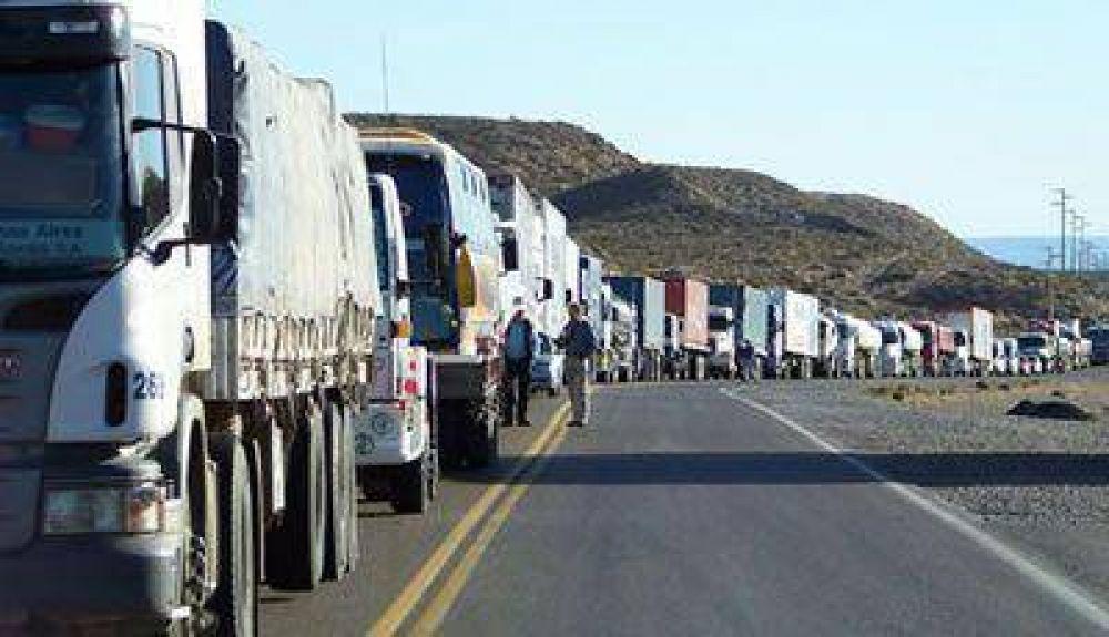 Este miércoles los petroleros paran y cortan la ruta entre Caleta y Comodoro