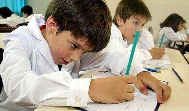 Por temor, los docentes no se anotan para dar clases en barrios pobres