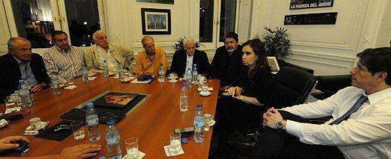 Cristina con CGT Alsina: se quejó por pedidos de paritarias 2013 (y evitó Ganancias)