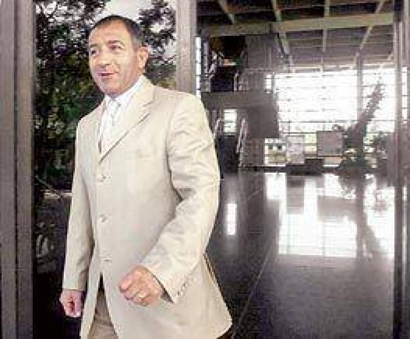 """Tras frustrarse el acuerdo, Juez critic� la """"miseria"""" de la UCR"""