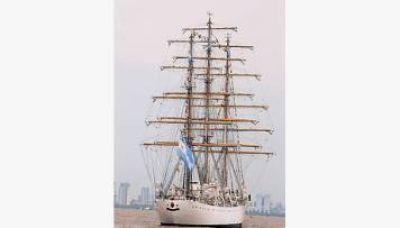 La fragata Libertad regresa directo a Mar del Plata