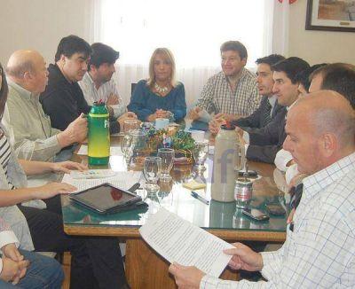 Concejales pidieron a Melella convenir con Gobierno el goteo diario y la no retroactividad de la ley 648
