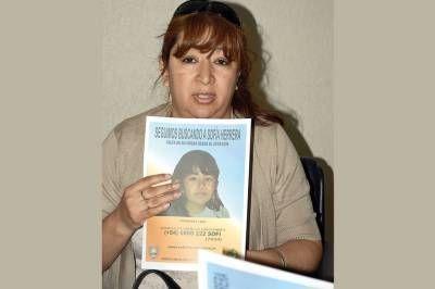 La mamá de Sofía llegó para pedir que la comunidad la ayude en su búsqueda