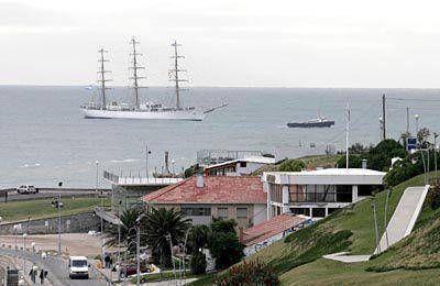 La fragata Libertad atracará el 9 de enero en Mar del Plata
