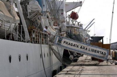 La Fragata Libertad atracará en Mar del Plata