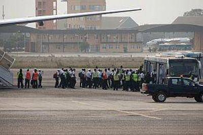 Marinos llegaron a Ghana y preparan la vuelta de la fragata