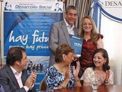 Avellaneda: Ferraresi se reunió con la Ministra Alicia Kirchner