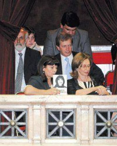 Con el respaldo unánime de 224 legisladores, se aprobó la Ley de Trata