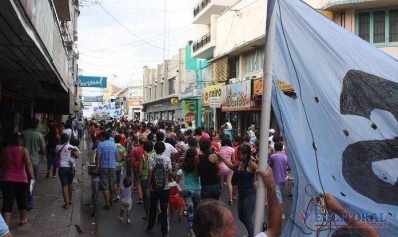 La protesta nacional anti K tambi�n se hizo sentir en Corrientes