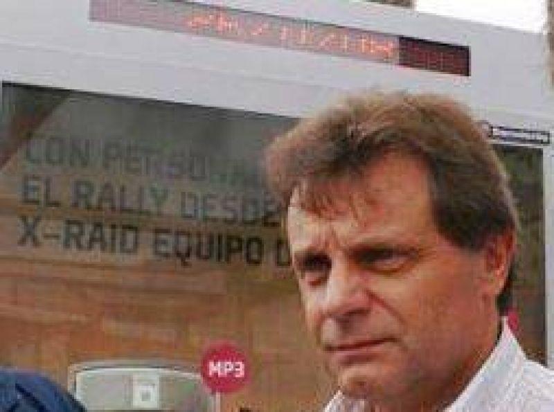"""Conformismo de la Municipalidad con las """"paradas inteligentes"""" del transporte"""