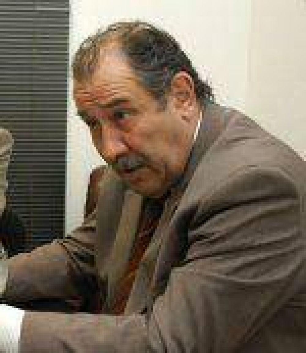 Roberto Mouillerón dijo que si acepta una candidatura sería en el ámbito nacional