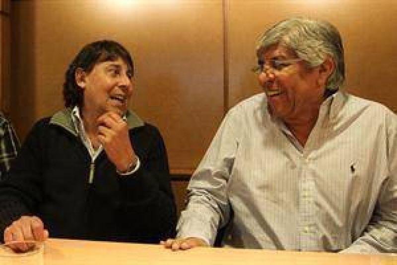 Incertidumbre sobre la alianza entre Moyano y Micheli tras la marcha