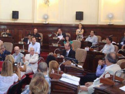 Concejo Deliberante: Bruera ya tiene presupuesto para el 2013