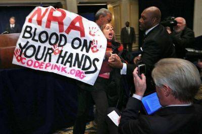 Polémica en EE.UU.: proponen armar todas las escuelas