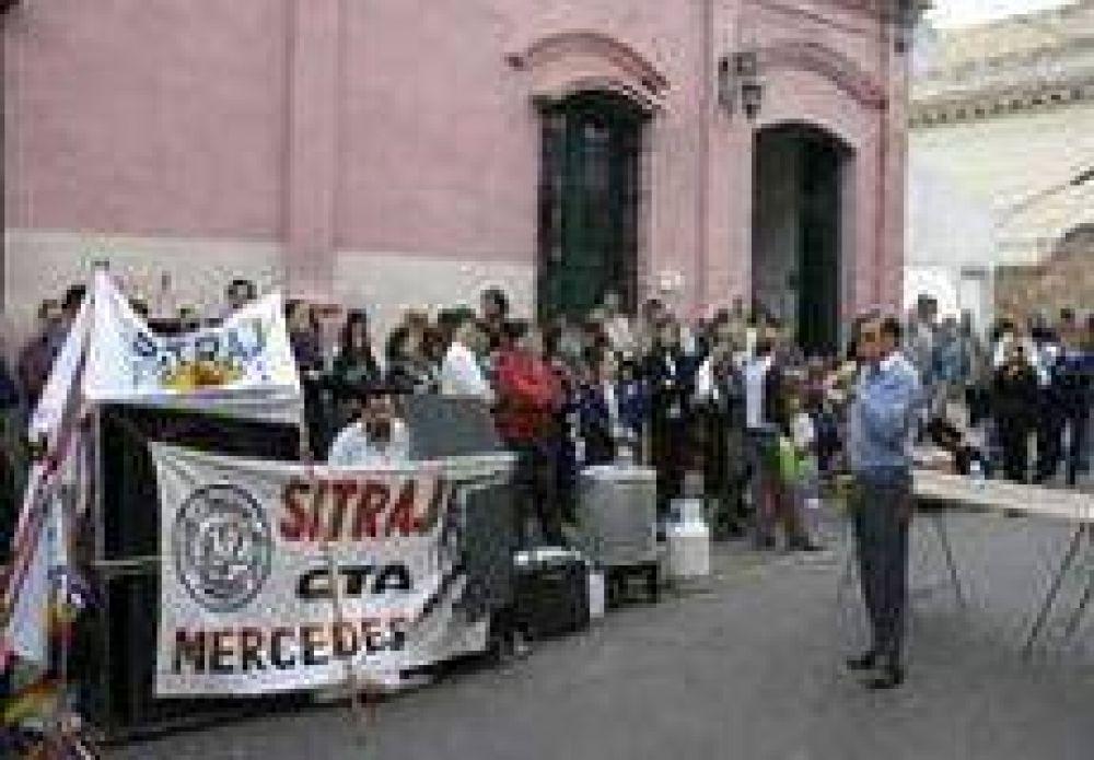 Hoy paran los judiciales en Corrientes