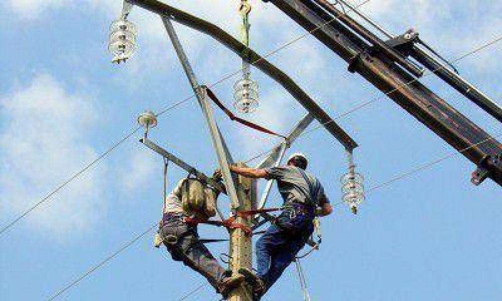 Los trabajadores del sector eléctrico se declararon en alerta y movilización