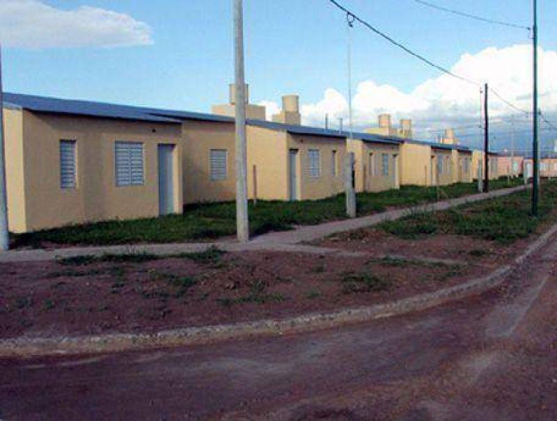 Según la arquitecta Alicia Pino: Llegan los subsidios del plan de 111 viviendas