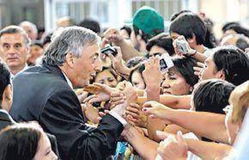 Inquietud en Olivos por los sondeos y el doble juego de los intendentes