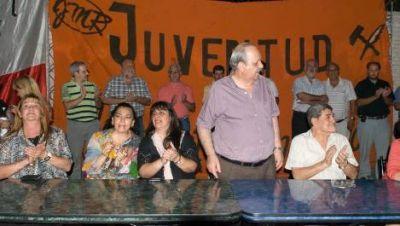 Brizuela le pegó al Gobierno y arengó al FCS a trabajar para ganar