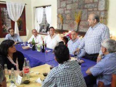 Castillo y Brizuela reunieron al FCyS