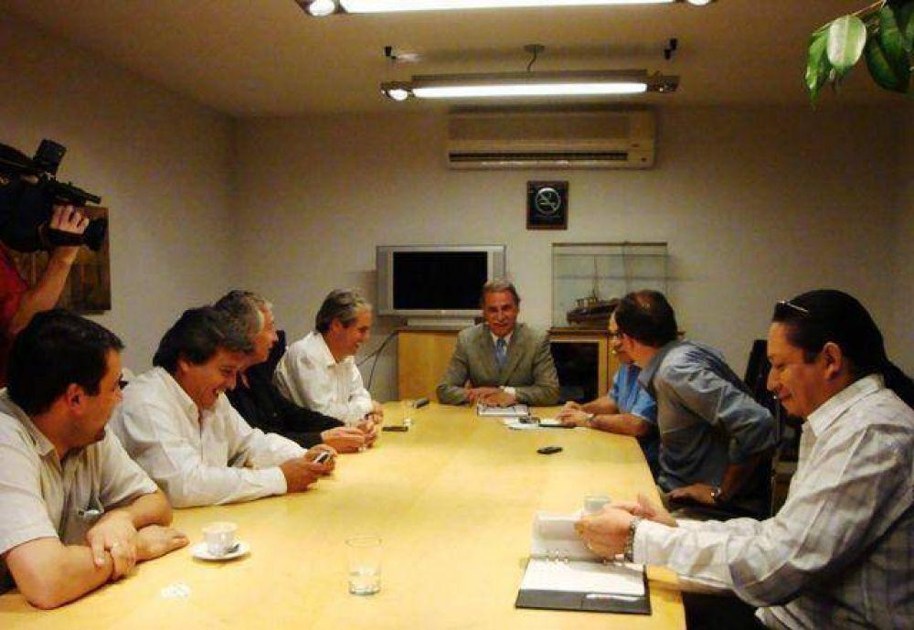Intendentes del MPN se reunieron con Sobisch.