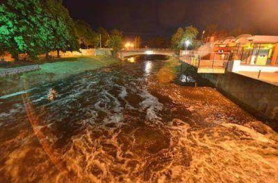 Estado de alerta en la ciudad por la posibilidad de desbordes del arroyo