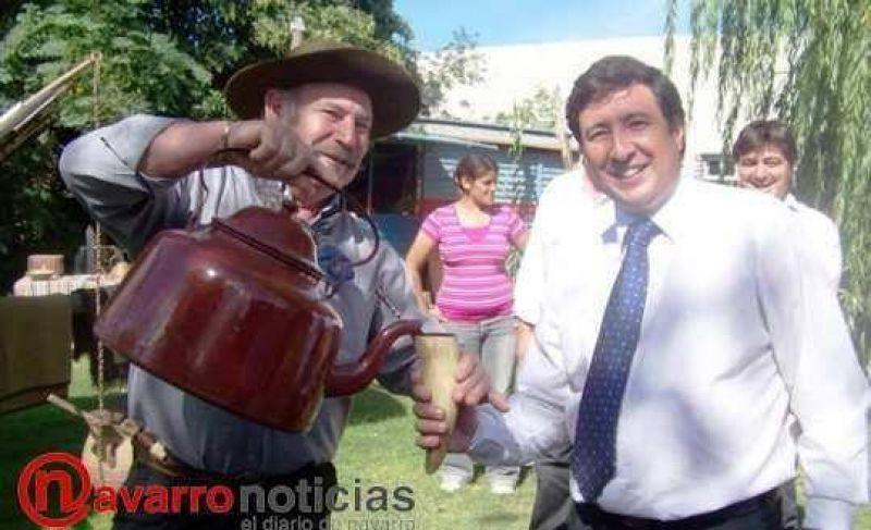 El ministro fue invitado por los justicialistas de Navarro a pasar un rato en La Protegida