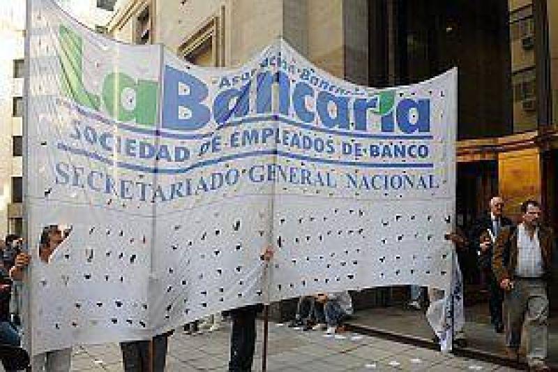 Pese a la conciliación, bancarios ratifican el paro