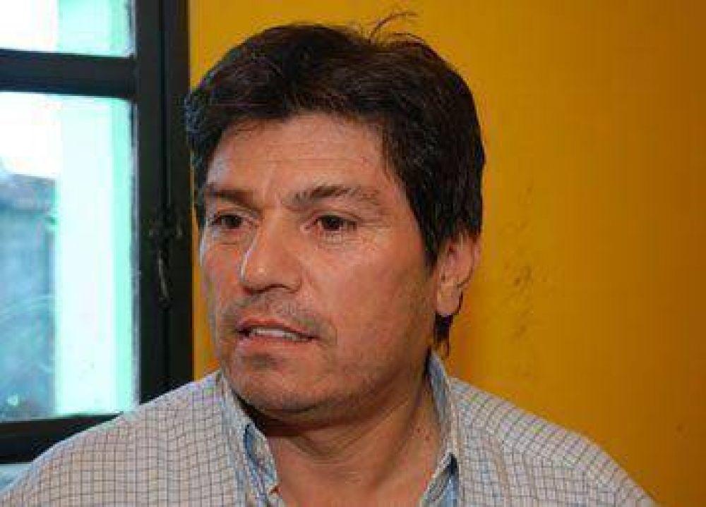"""Espinoza: """"No vamos a negociar, vamos a pelear"""""""