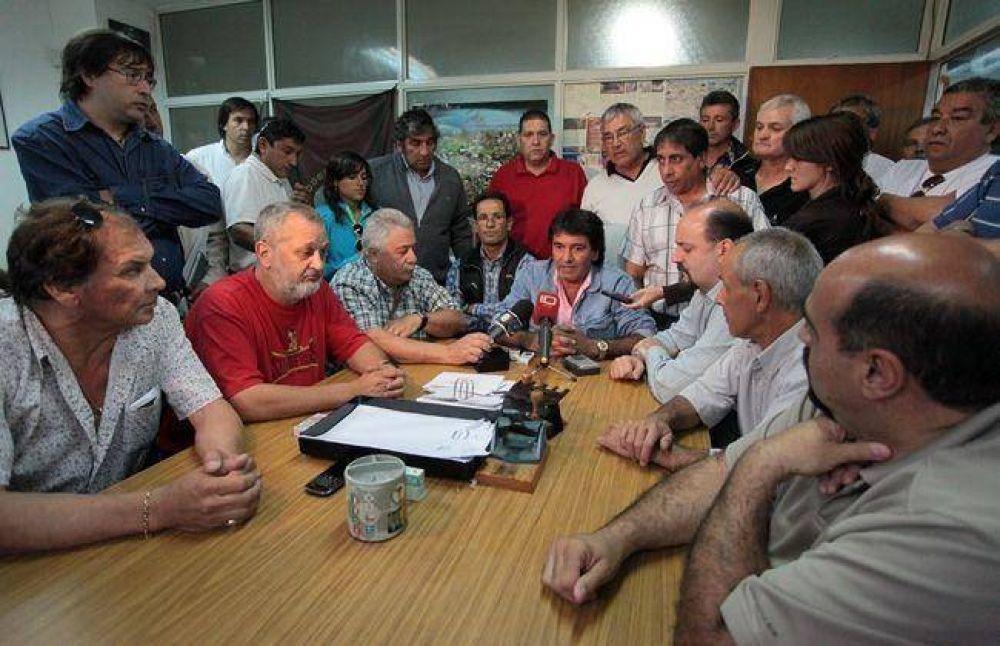 Ocupan la sede marplatense del ministerio de Trabajo