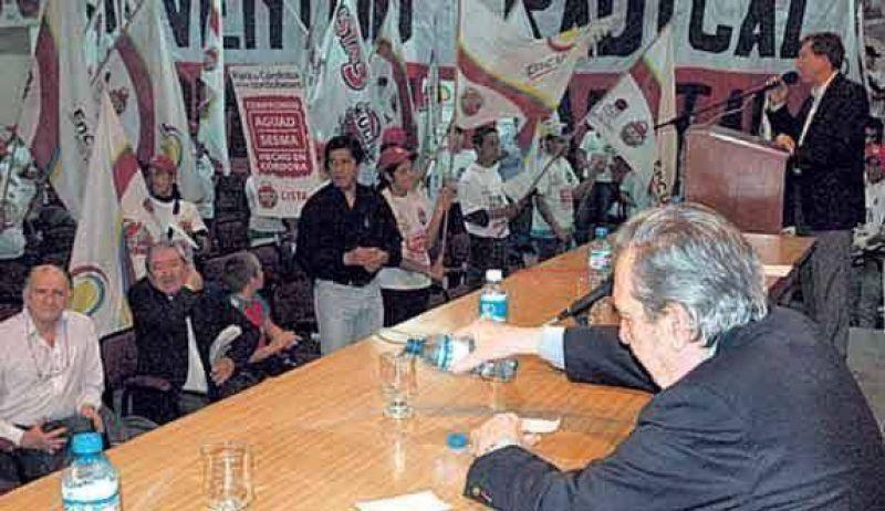 En el último paso por Córdoba vaticinó el regreso de la UCR