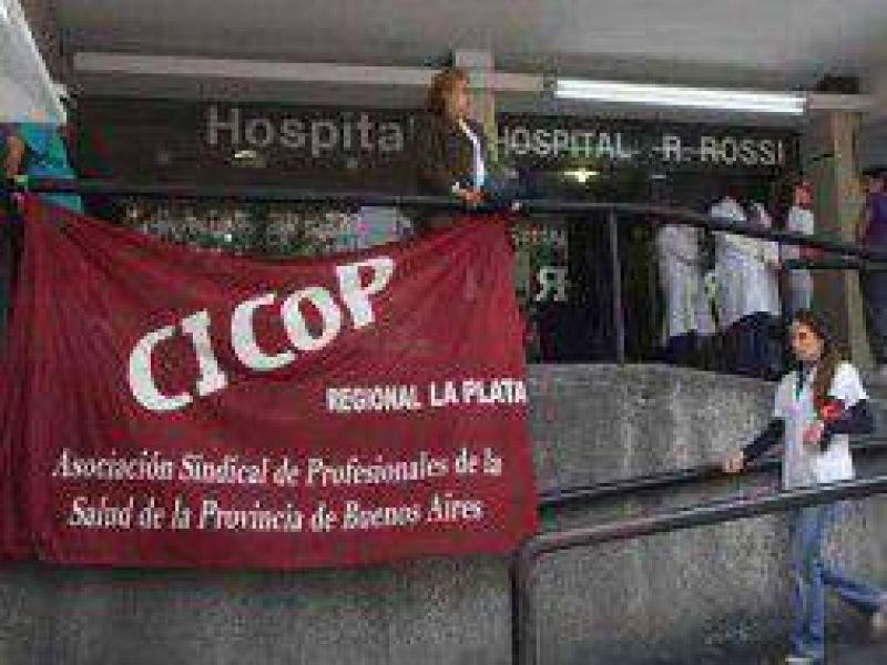 """Médicos de Cicop van al paro por """"atropello a la libertad sindical"""" por parte del Intendente Gray"""