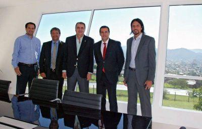 Cable Express inauguró nuevas instalaciones