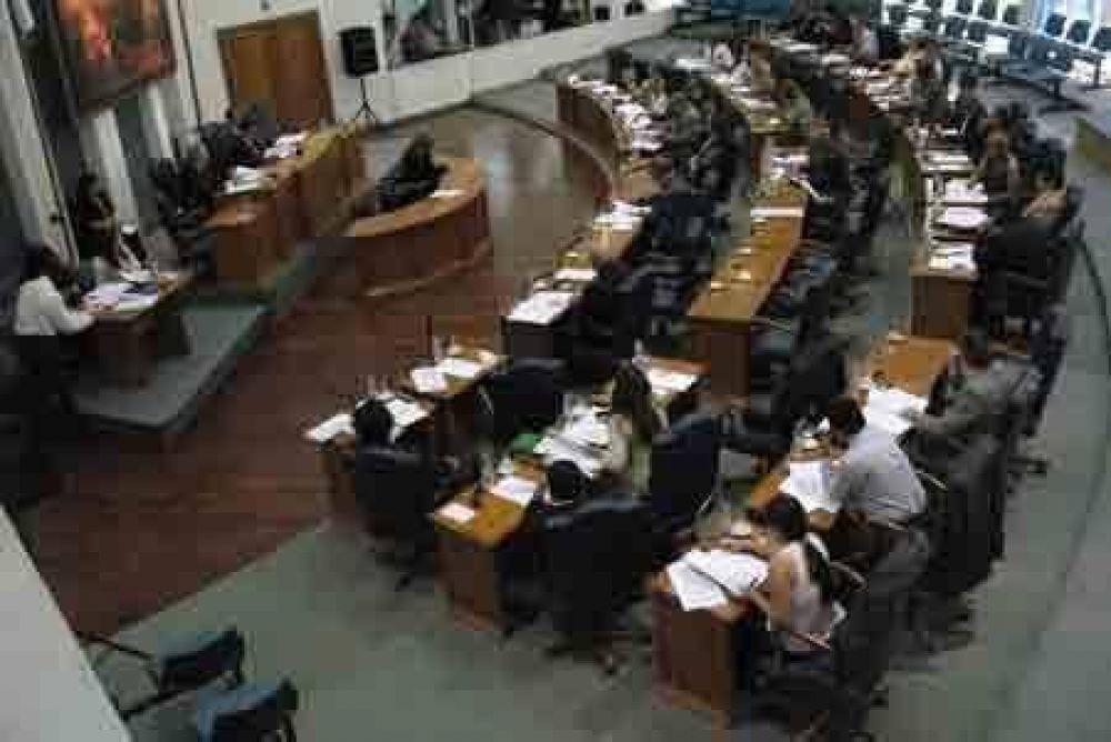 El Gobernador en la apertura de las sesiones ordinarias legislativas.