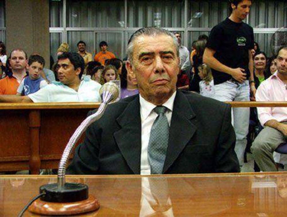 Luis Peretti candidato del FPCyS