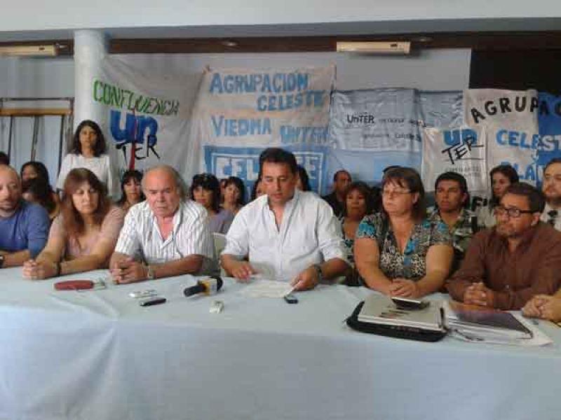 Acuerdo salarial entre los docentes y el gobierno