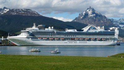Dos cruceros amarraron en medio de la polémica y el Star Princess arriba en medio de la incertidumbre