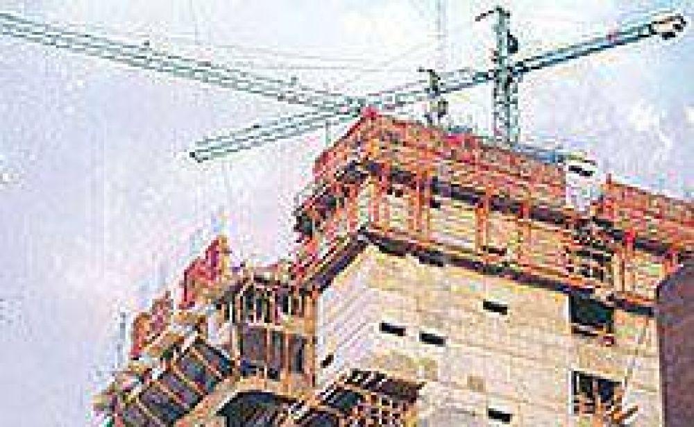 Leve suba de la construcción en febrero, aunque en el primer bimestre del año perdió casi 3%