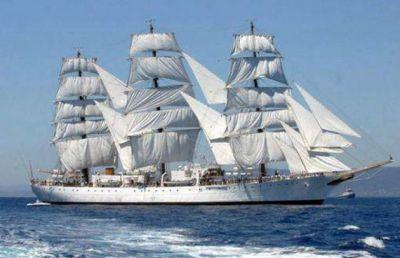 La Fragata Libertad ya navega por Brasil y el 9 de Enero llegar� a Mar Del Plata