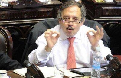 La oposición busca acuerdos y nombres para solventar sus expectativas