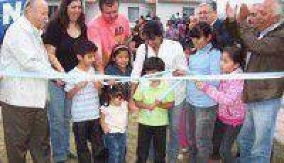 Entregaron 100 viviendas a UPCN