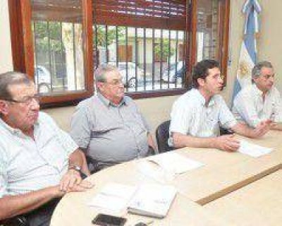 Empresarios y el gobernador Gioja se reunirán por la Promoción Industrial