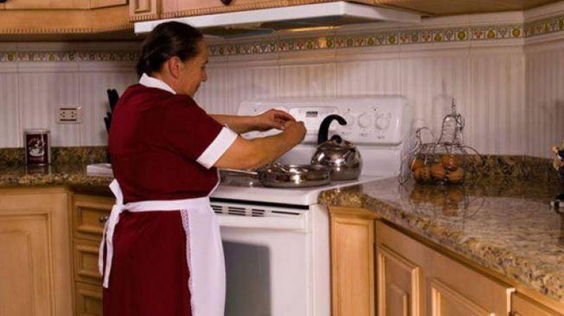 Polémica porque gremio aconseja cobrar 47% más la hora doméstica