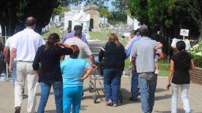 Horror en Lincoln: el asesino le dio 18 pu�aladas a su ex mujer y 7 a su hijastra