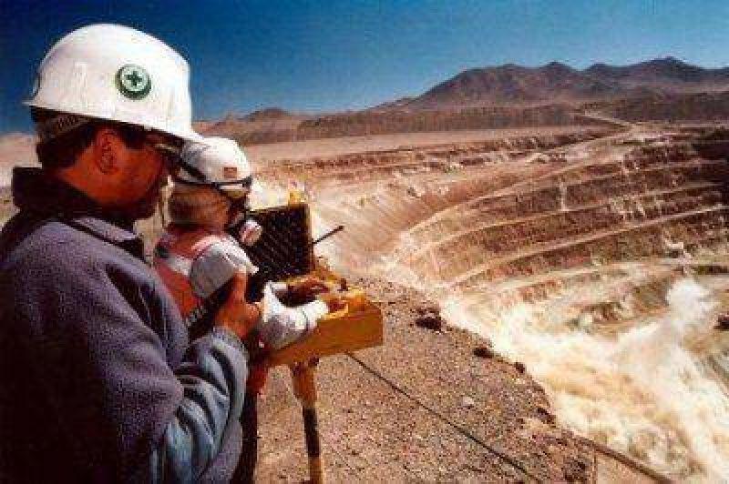 AOMA afiliará a los mineros de la exploración