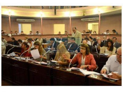 Los legisladores más prolíficos de 2012 son Cresto y Alizegui