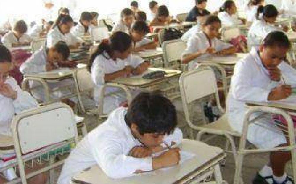 Los gremios no quieren que las clases comiencen el 25 de febrero