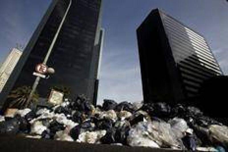 El gobierno porteño denunció a los recolectores por el paro