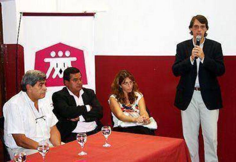 La Caldera y Vaqueros se suman al sistema de mediación comunitaria.