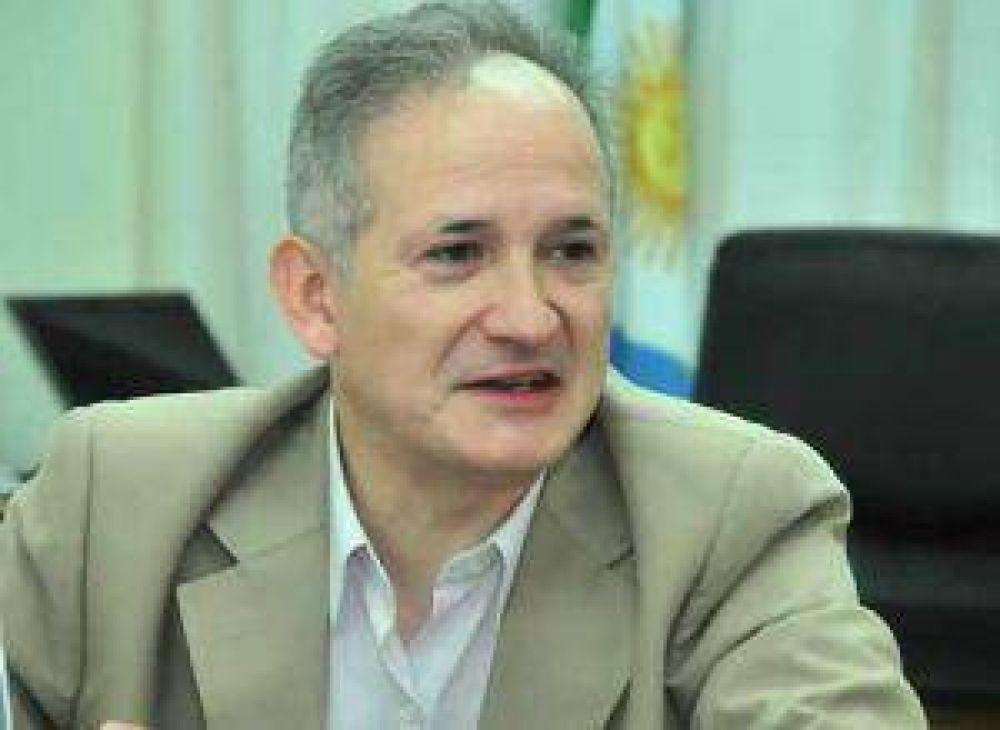 El ministro Romero se despega de la pelea del vicegobernador con sindicatos docentes